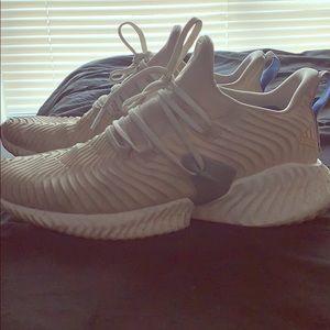 9 1/2 Adidas men